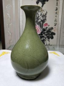 元代龙泉窑玉壶春瓶,釉面光滑肥厚莹润,胎脂干老,尺寸看图