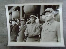 老照片:【※毛泽东 刘少奇 朱德 周恩来在天安门城楼 ※】(31号)