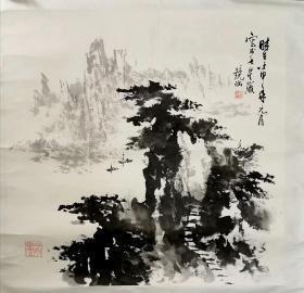 何镜涵,中国美协会员、齐白石艺术研究会顾问。35岁时被北京中国画院聘为终身画师。开创了中国写意楼阁山水画派,早在北京画院建院时,他就是画院八位终身画师之一,