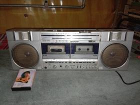 SHARP夏普GF-530 录音机 原装进口 双卡立体声收录机(收音,双卡放音全好,能放能听可收藏)见描述