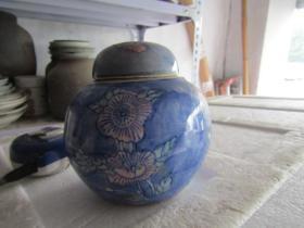 花卉图老茶叶罐一只