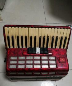 百乐牌手风琴 (可以正常演奏)