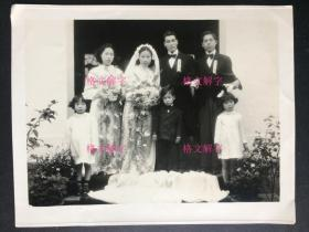 老照片 民国 美女 结婚照 伴娘 伴郎 男孩 女孩 很漂亮 左下角 福州月宫照相馆