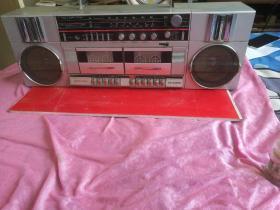 老式录音机,收录机