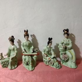 八九十年代景德镇彩瓷琴棋书画美女瓷摆件