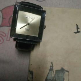 NAlRUl男式手表