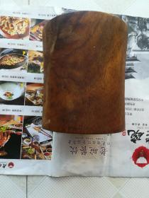 约民国前后,朋友看图片说是大叶黄花梨老笔筒一个,请买家自鉴!!!