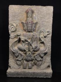 青石石雕佛像2
