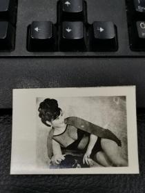 早期美女泳装照片