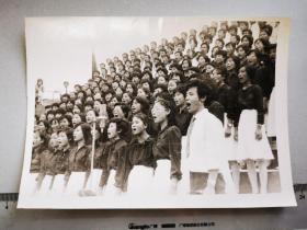 1987首届文化节青年合唱老照片