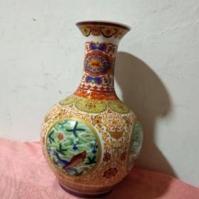 景德镇瓷瓶年年有余