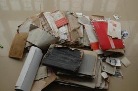 中国社会科学院、北京师范大学等一堆杂散资料(包含手稿、照片、笔记本、信封等)