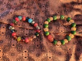 两串,五彩琉璃珠