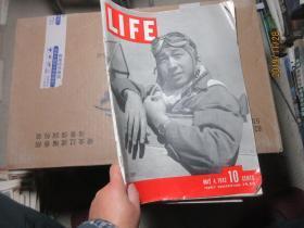 LIFE 1942.10 7198