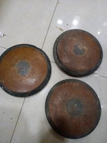 五六十年代 铁饼 3个合售,3个合售,重9斤(边框是铜的,中间黄色不知物质)