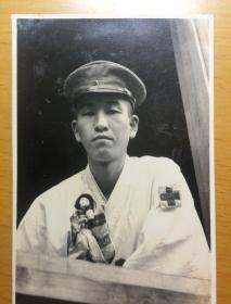 二战 民国 老照片 陆军病院 陆军医院 伤员单人照 人形 传统玩偶 女学生慰问纪念