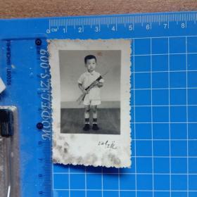 老照片4.9cm宽7.2cm