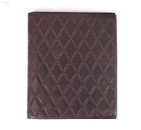 日本购回《品牌男士真皮钱夹一件》尺寸11.5X9.5CM