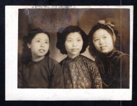民国年代美女老照片1张(尺寸约6*8厘米)mm39