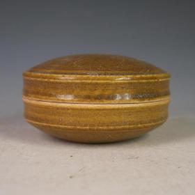 唐越窑青瓷刻花印泥盒