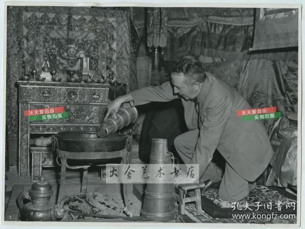 1954年博物馆展出的瑞典探险家斯文赫定Sven Hedin当时在中国蒙古中亚一带探险时候帐篷内景老照片