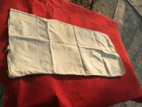 早期的(七八十年代的)的面粉白布袋(有两条细蓝色条带环绕),品相如图所示