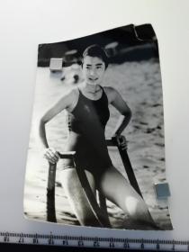 七十年代泳装美女 出水芙蓉