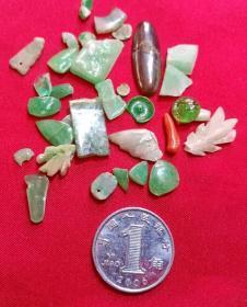旧玉器及琉璃等散碎料器一批 民国期保真品旧货残件配套加工小料 Y19