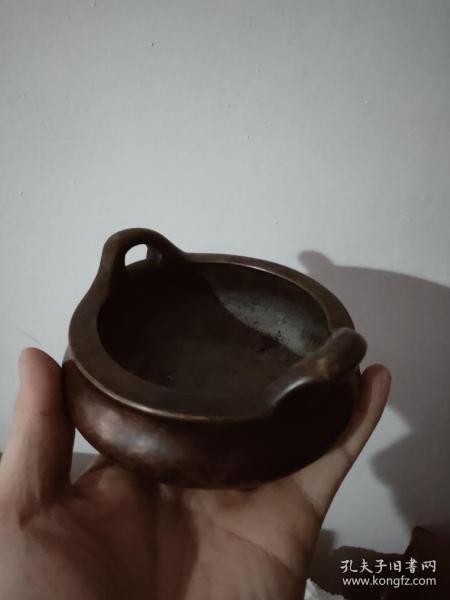 大明宣德铜香炉,纯铜的,低价出----.----------。