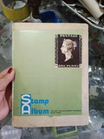 小型邮票册一本,大概有170张,包邮,售出不退,有邮票,有纪念章,以及其他邮品,价格不高,售出不退。前两天换东西换来的,处理价,售出不退。