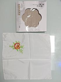 早期丝绸绣花手帕(带原包装)