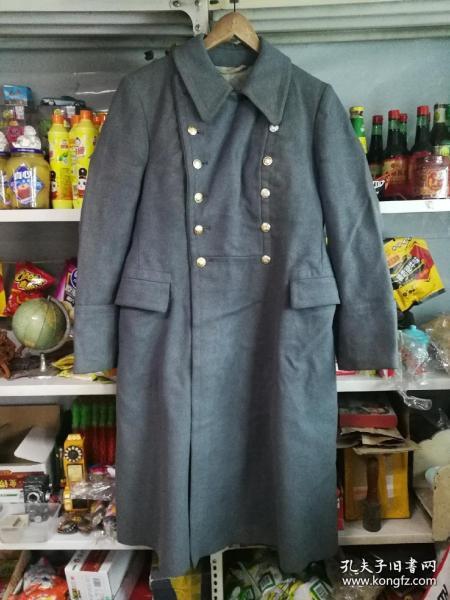 苏联呢子大衣,旧