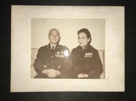 蒋介石和夫人宋庆龄合照照片