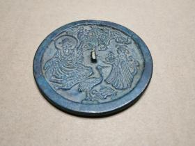 民间收绳纽松鹤道人铜镜,直径近8厘米,纹饰犀利,文玩珍品。