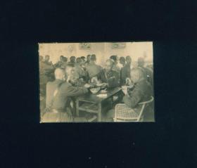 蒋介石,白崇禧,罗卓英与部队官兵老照片一张