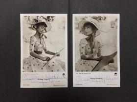奥黛丽.赫本花裙礼帽签名照片两张(复刻版)