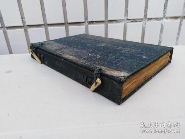 咸丰元年《图注本草》4册一函全。苏州桐石山房刻本。几百幅精美木版画。