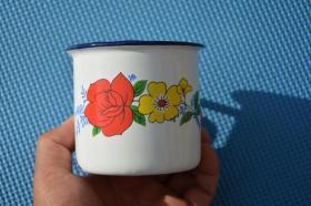 8090年代 双花斗艳 老货 老搪瓷 缸子 杯子