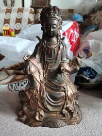 传世包浆,铜鎏金,清代佛像一尊,开脸端庄,高23.5厘米,宽15厘米,重1186克。清供珍品。