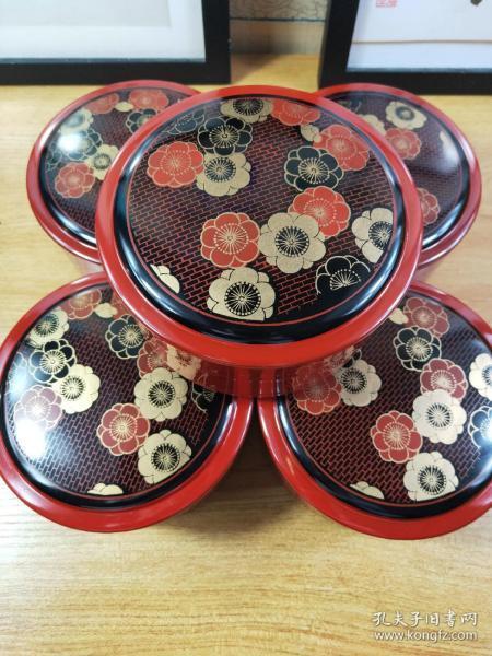 日本漆盒漆艺收纳盒零食盒  径13.5cm高7.5cm, 共五个,日本回流保管品,未使用。配有原外包装盒。