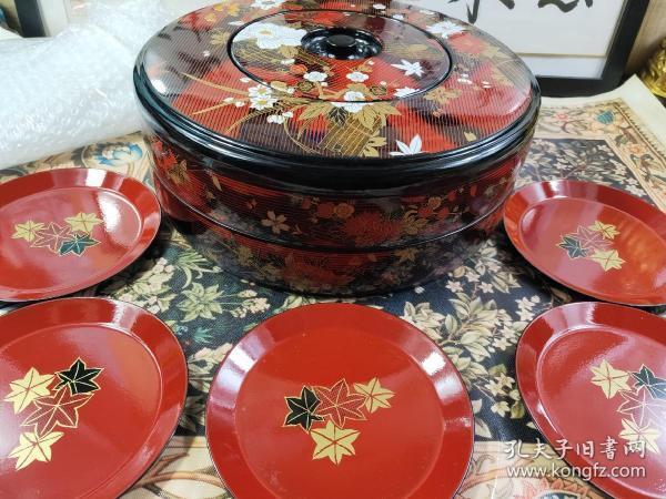 漆盘寿司盘漆器皿料理盒零食盒日本回流双层盘,直径28.5Cm,五个碟子,径14.5Cm,树脂品,花式漂亮。保管品,没有使用过。有包装盒。
