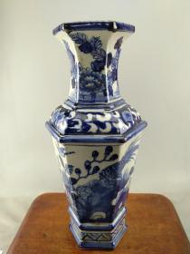 瓷器全部亏本处理当工艺品卖B0347.