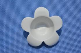 台湾 微笑花朵零食碗 白瓷艺术碗