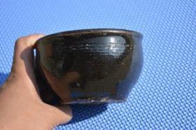 来自陕北的 明清时期 黑釉老陶缸 有小冲