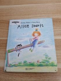 外文原版《 Alice sourit 》