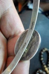 镶嵌琥珀的欧洲老银镯