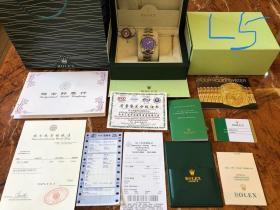 朋友过春节国外回老家带回劳力士名表一块  没使用过 原装正品  发票齐全 全国联保