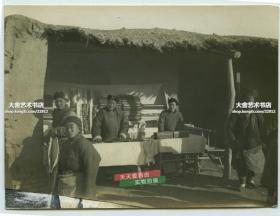 民国集市之上售卖布匹的商店民俗老照片