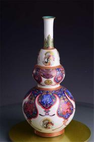 清雍正官窑珐琅彩本色金缠枝花一团和气三元及第葫芦瓶