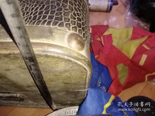 老箱子鳄鱼皮的老工艺